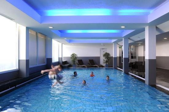 Van der Valk Hotel Volendam: Swimmingpool