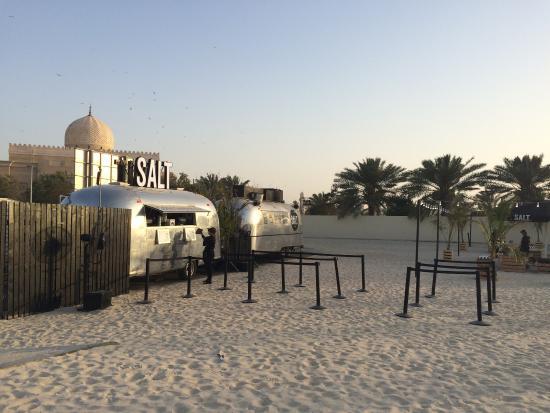 D Exhibition Jbr : Salt burger kite beach review of dubai united