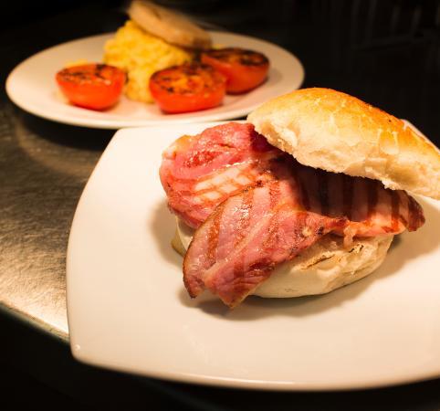 SeaDrift Kitchen Cafe: Bacon Bap