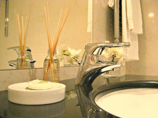 Residence Hilda: Amenities in the bathroom