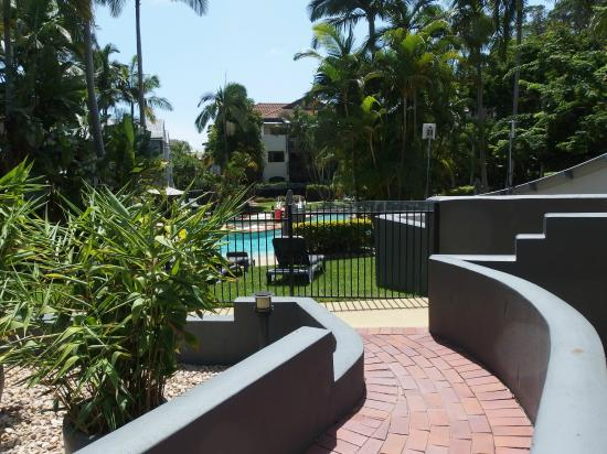 Mantra French Quarter Resort: Nice outlook and access to pool area.