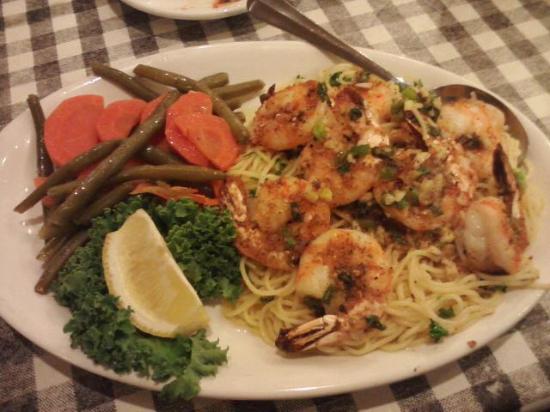 Salvatore Scallopini Italian: Shrimp dinner, March 2015