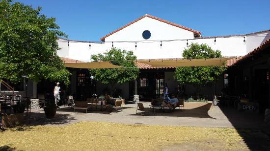 agustin kitchen courtyard - Agustin Kitchen