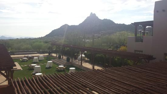 Onyx Bar & Lounge at Four Seasons Resort Scottsdale at Troon North: View from Patio
