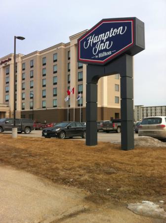 Hampton Inn by Hilton Winnipeg Airport/Polo Park: Entrance
