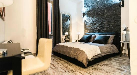 Trevi & Pantheon Luxury Rooms