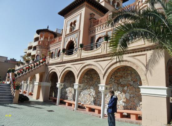 Ap het bordes van casa de los navajas picture of casa - Casas en torremolinos ...