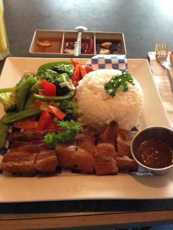 7 Seas Seafood & Grill Restaurant : Lechon Kawali with vegetables and rice.