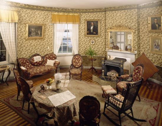 Castle Tucker : One of the best preserved 19th century parlors in New England