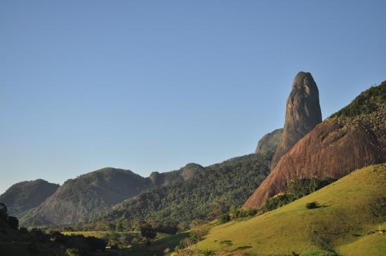 Cachoeiro De Itapemirim, ES: Vista do Itabira da rodovia
