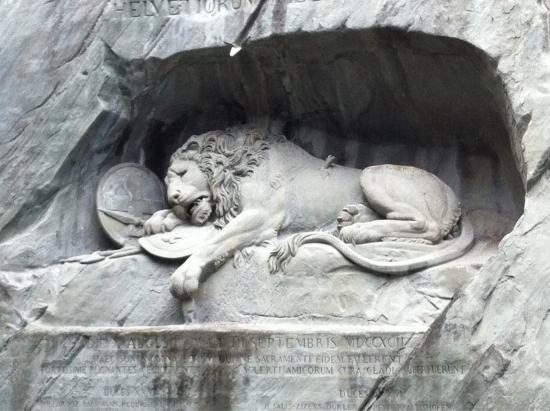 Monumento al león de Lucerna: Löwendenkmal