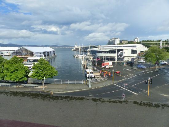 Customs House Waterfront Hotel: Blick aus dem Fenster