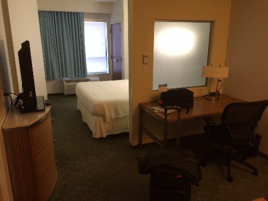 SpringHill Suites St. Louis Brentwood: Springhill Brentwood room