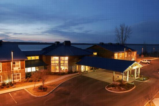 Boardman, Oregón: Evening at River Lodge and Grill