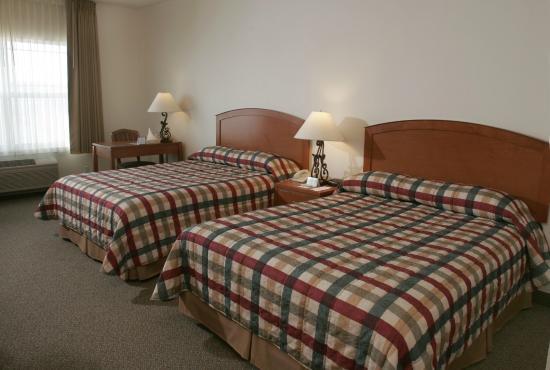 Boardman, OR: Deluxe Guestroom with two Queen Beds