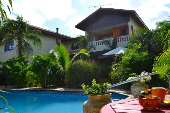 Wonders Boutique Hotel: view from the pool...