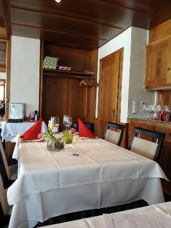 Steinhausen, Schweiz: Rössli