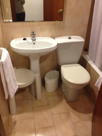 Bad ohne fenster bild von club hotel cala ratjada cala - Bad ohne fenster ...