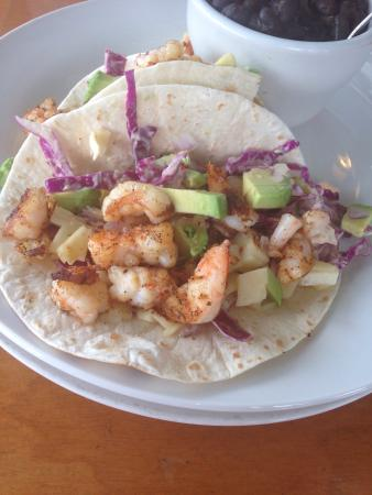 Gnarly Surf Bar and Grill: Shrimp tacos DELICIOUS