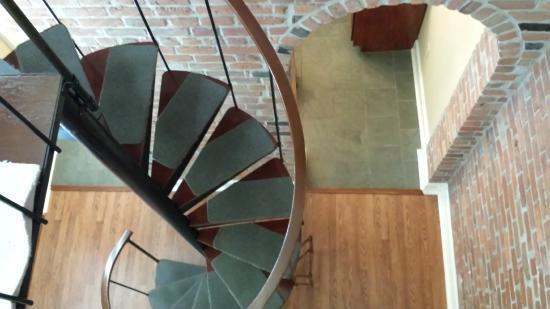 Grenoble House: Duplex 205 staircase