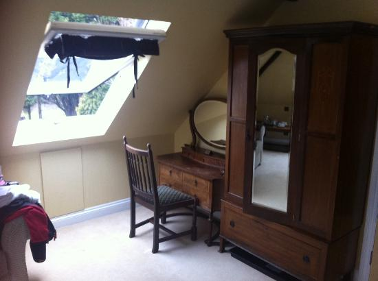 High Corner Inn: Tawny Room (post sleep)