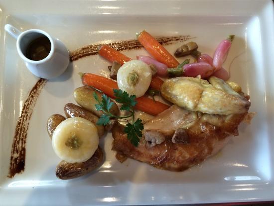 poulet fermier au foie gras et l 233 gumes foto di du bonheur dans la cuisine herblain