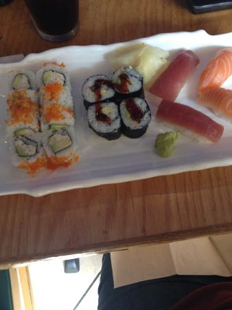 Rock Japanese Cuisine: Sushi lunch special $13
