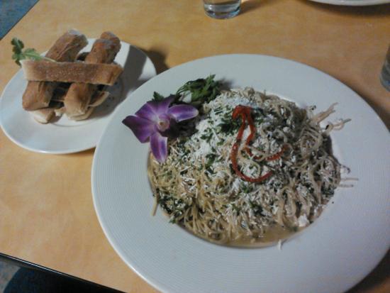 Grill on Gage: Greek Angel Hair Pasta