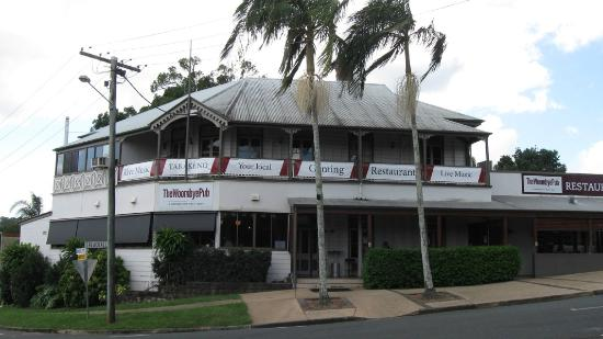 The Woombye Pub: From the outside