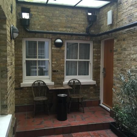 Days Inn London Hyde Park: rooms entrance