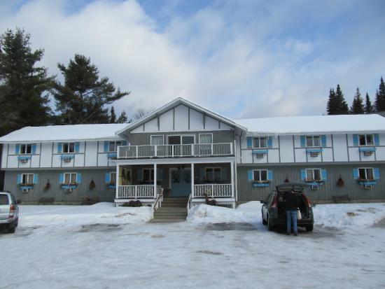 Carlson's Lodge: Main building