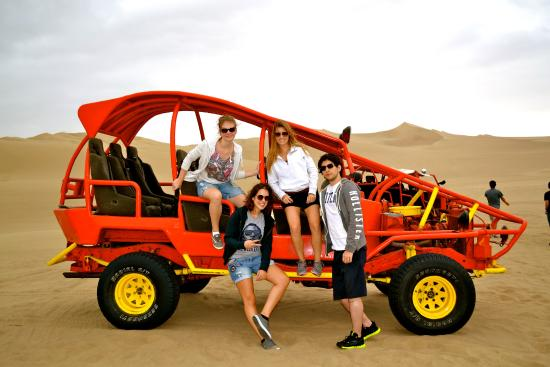 Group on the dune buggy - Picture of Viajes Paracas, Ica