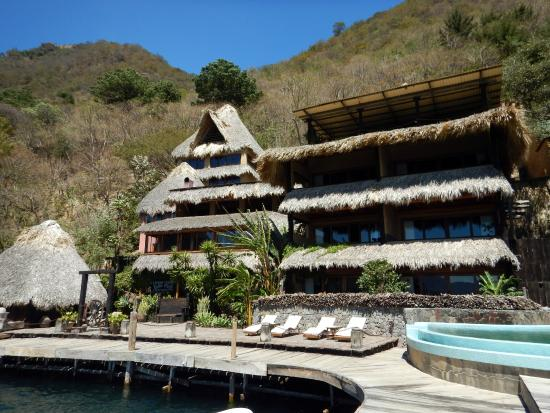 Laguna Lodge Eco-Resort & Nature Reserve: Laguna Lodge from the water