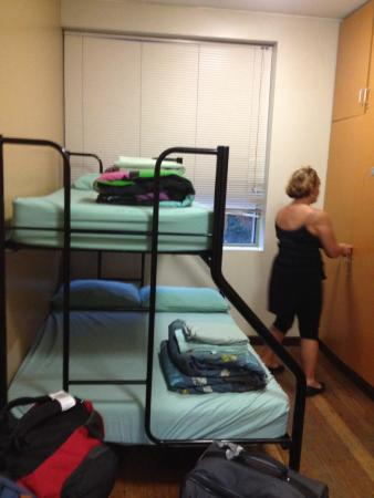 King Street Backpackers: Chambre double / triple