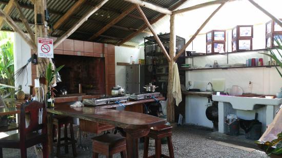 Cabinas Tropicales : Cuisine commune