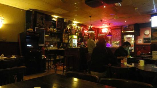 Hostel Meeting Point: Hostel bar.