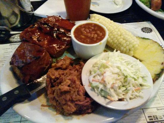 Newport Rib Company: Baby back ribs, pulled pork & Tri-tips