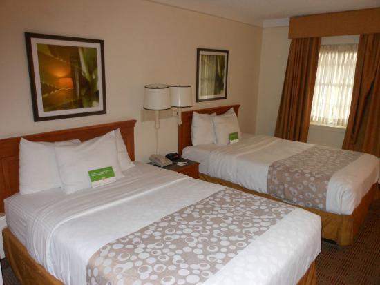 La Quinta Inn Lafayette North: beds