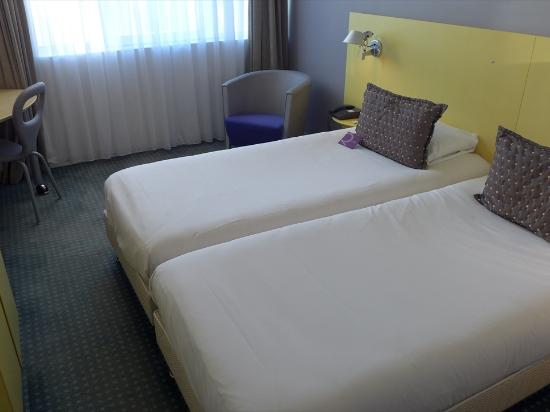 Mercure Marseille Centre Prado Hotel Vélodrome : 客室-1