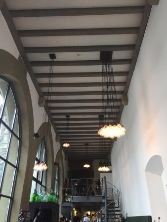 Schnappsbottiche picture of bistro steinhalle bern for Heller raum