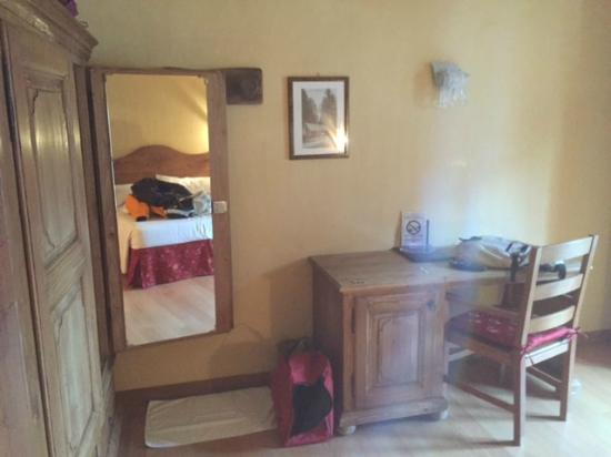 Hotel Maison Saint Jean: camera