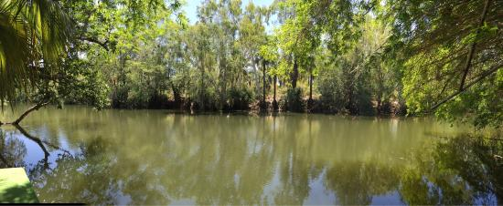 Camooweal, ออสเตรเลีย: The pontoon at another swimming hole