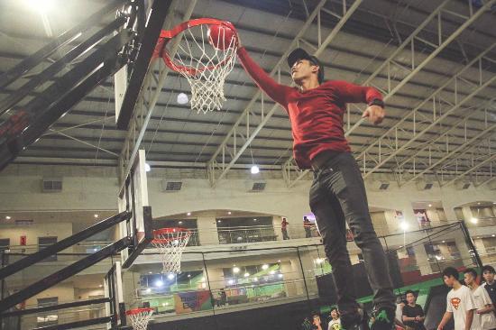 Trampoline Basketball, Jump Street Penang - Picture of Jump Street ...