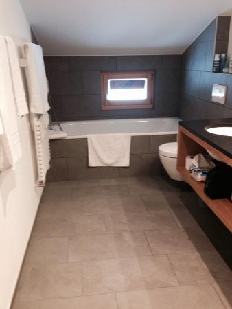 Sehr Schönes Badezimmer - Picture Of Hotel Bettmerhof, Bettmeralp ... Schönes Badezimmer