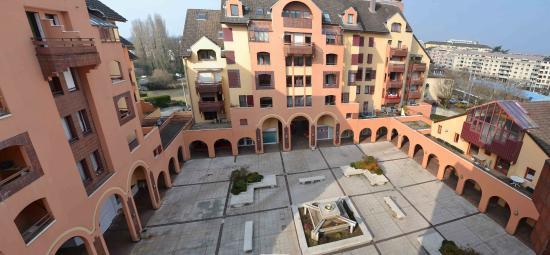 Geneva Residence - Appart'Valley - Gaillard: Balcony view