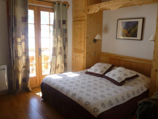 Montana Chalet Hotel : La chambre