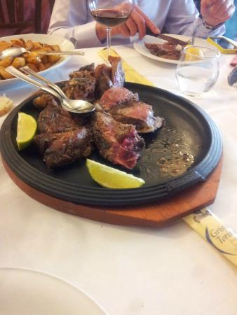 Trattoria Locanda Dino: the steak on the bone