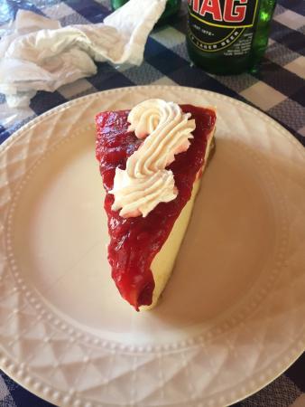 The Ranch of Mayaro: Cheesecake : pas excellent (sûrement décongelé)