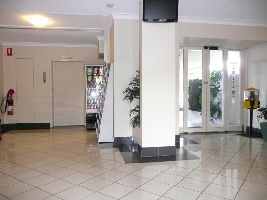 Parramatta City Motel: Foyer 2