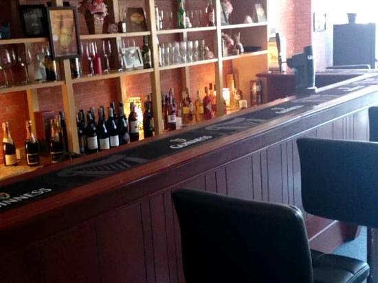 Red Brick Cafe: bar